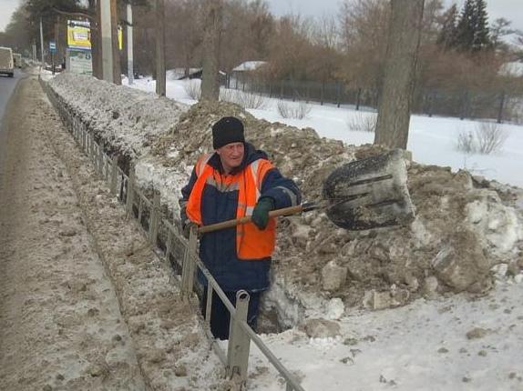 В Омской области выявили более 300 нарушений при уборке снега #Омск #Общество #Сегодня