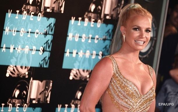 Отец Бритни Спирс заявил, что певица страдает слабоумием - СМИ