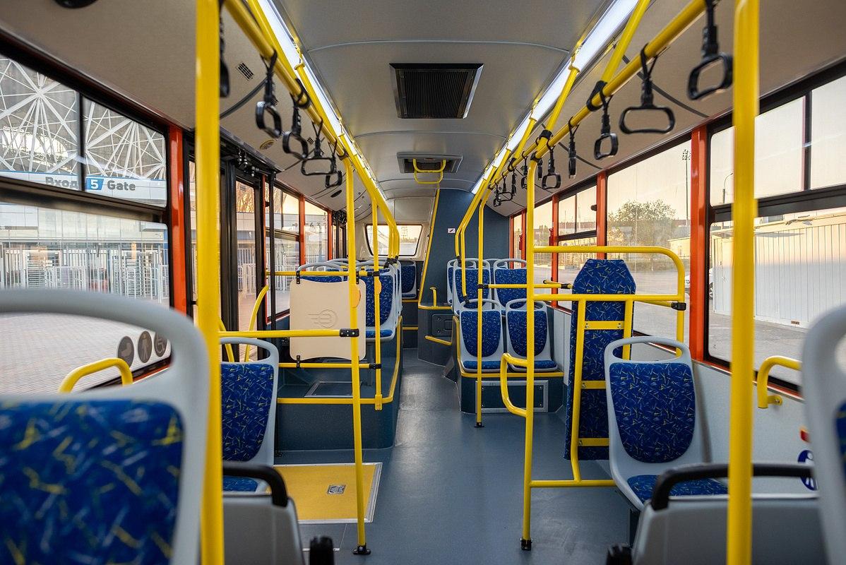 В омском автобусе нашли двух отравившихся подростков #Новости #Общество #Омск