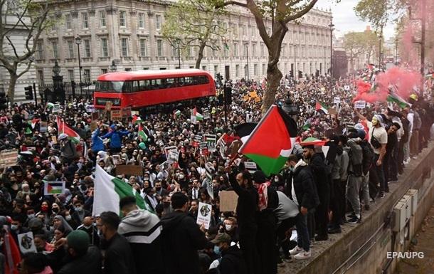 В мире прошли акции протеста у посольств Израиля