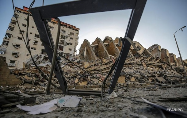 Израиль нанес ответные авиаудары по сектору Газа - фото и видео