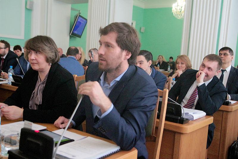 Депутаты не понимают, почему Омск завален мусором, а тариф у «Магнита» вырастет в два раза #Омск #Общество #Сегодня