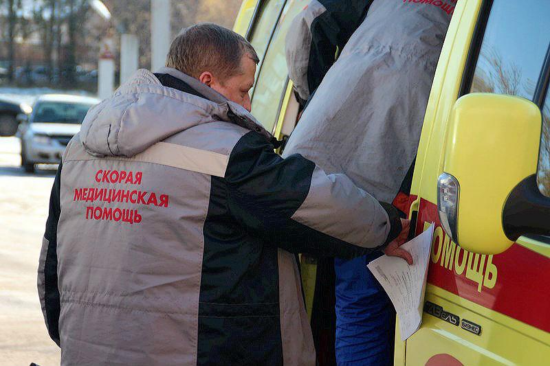 В Омске скорая не могла проехать к ребенку из-за «убитой» дороги #Омск #Общество #Сегодня
