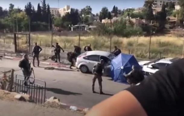 В Иерусалиме автомобиль протаранил толпу