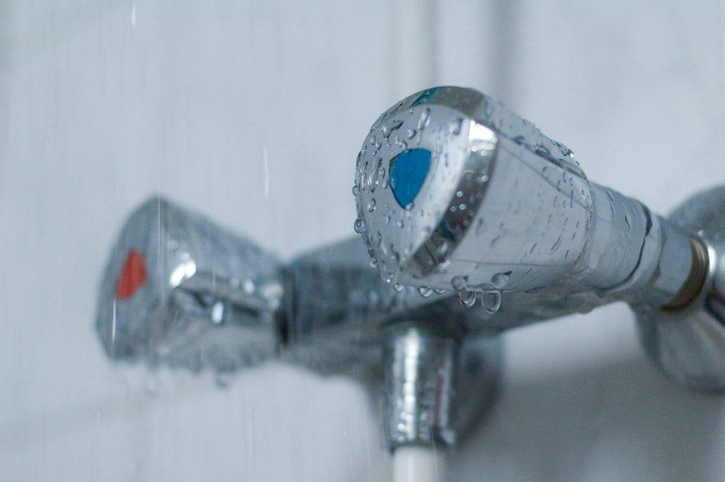 В Омске с завтрашнего дня начнут отключать горячую воду #Омск #Общество #Сегодня
