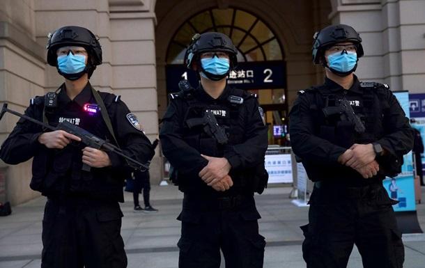 В Шанхае женщина с ножом ранила пять человек
