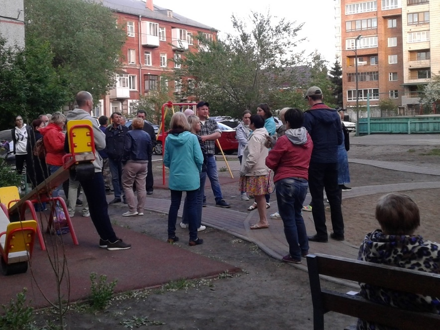 Испытание на прочность: жители омской многоэтажки каждое лето сидят без горячей воды #Новости #Общество #Омск