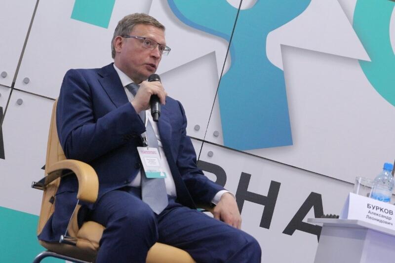 Бурков заявил, что как губернатор не помогает своим друзьям #Омск #Общество #Сегодня