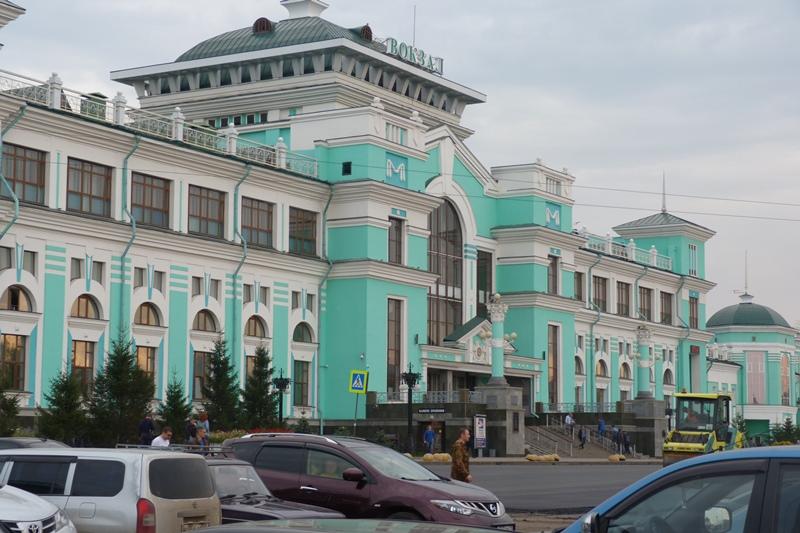 У железнодорожного вокзала Омска перекрыли движение #Омск #Общество #Сегодня