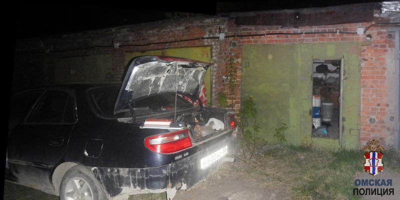 Омич взламывал гаражи и похищал из них велосипеды и самокаты #Новости #Общество #Омск