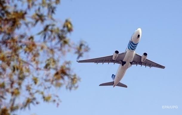 Латвия ввела запрет на авиаперелеты в Беларусь
