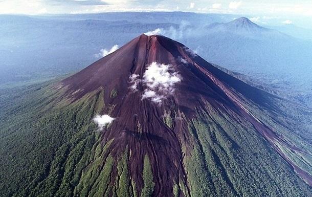 Ученые предрекли мощное извержение самого большого вулкана на Земле