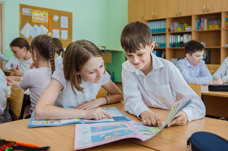 Омский НПЗ запустил масштабный эколого-образовательный проект для школьников #Новости #Общество #Омск