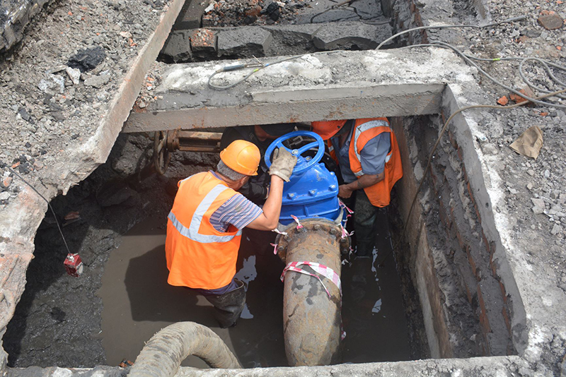 В Омске до конца лета обновят два важных водовода #Новости #Общество #Омск