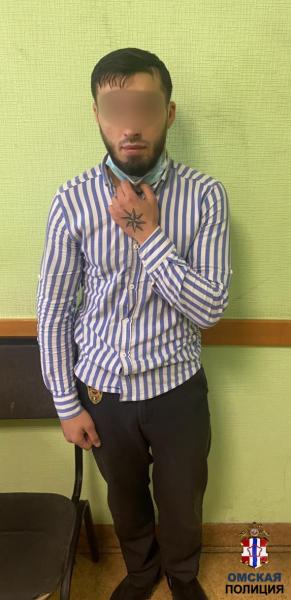 Низкий омич с бородой напал на таксиста из-за 400 рублей #Омск #Общество #Сегодня