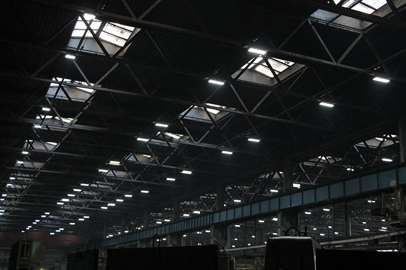 «Омсктрансмаш» сэкономит около 34 млн рублей в год благодаря «умному освещению»