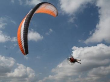 Житель Омска разбился при прыжке с парашютом #Омск #Общество #Сегодня