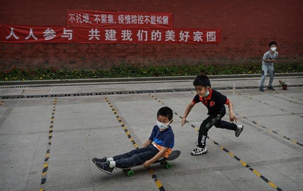 Китай разрешил иметь троих детей. В чем причины
