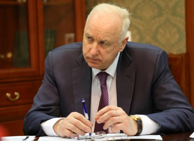 Бастрыкин потребовал наказать омских чиновников, игнорировавших сироту #Омск #Общество #Сегодня