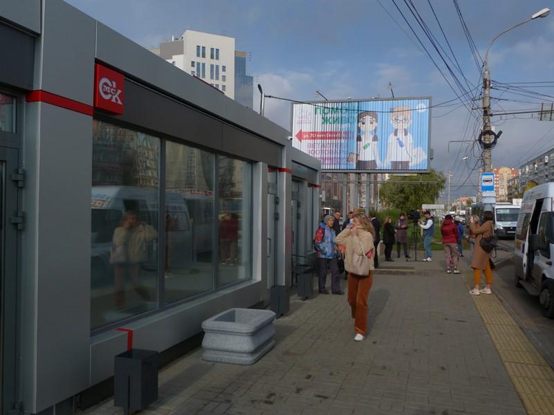 Депутаты не понимают, почему Омск заполонили однотипные «теплые остановки» #Омск #Общество #Сегодня