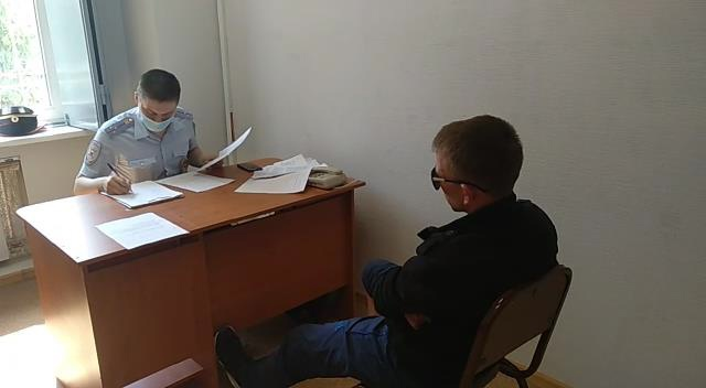 В Омске три брата избили мужчину, попросившего их быть потише #Новости #Общество #Омск