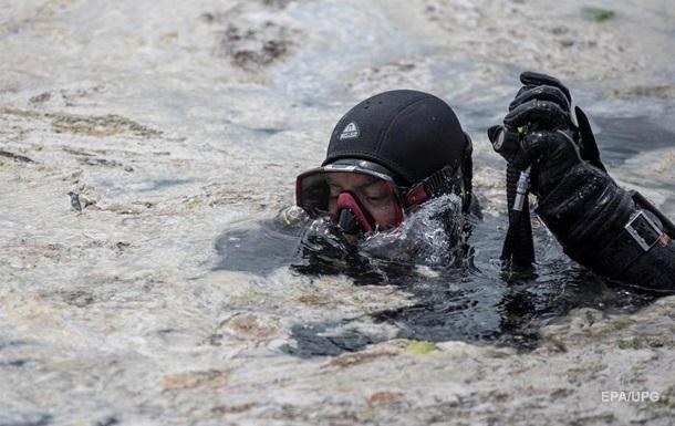 Мраморное море начали очищать от слизи