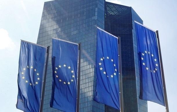 ЕС: Санкции против Януковича продолжают действовать