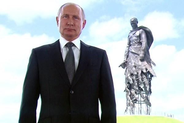 Путин и Мишустин поздравили омичей с Днем России #Новости #Общество #Омск