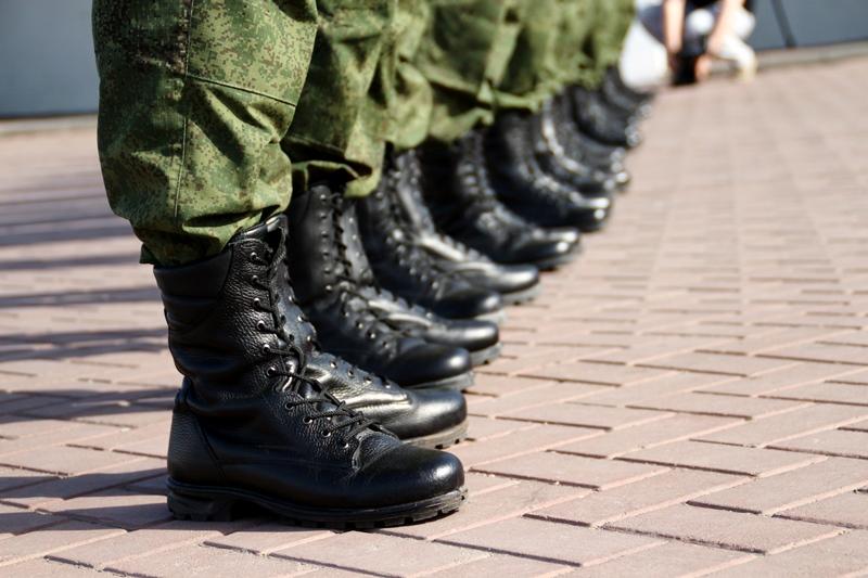 Более 400 омичей отправятся этим летом в армию #Новости #Общество #Омск