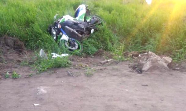 В Омске автомобилист не уступил дорогу, и мотоциклист угодил в больницу #Омск #Общество #Сегодня