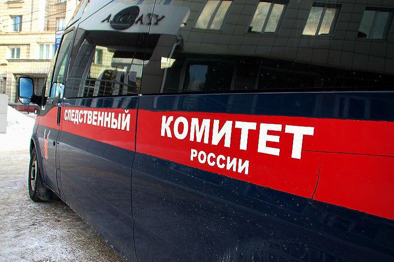 На омском предприятии на слесаря упал поддон: мужчина погиб #Омск #Общество #Сегодня