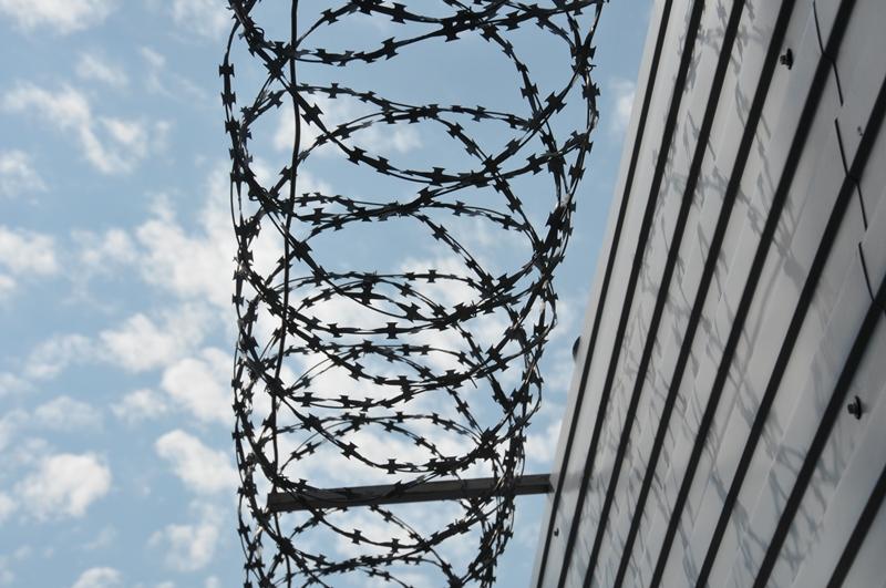 Охранника, укравшего с омского завода станки на 4 млн, посадили в тюрьму #Новости #Общество #Омск