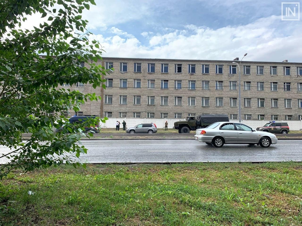 Омский солдат погиб, выпав из окна воинской части в Екатеринбурге #Новости #Общество #Омск