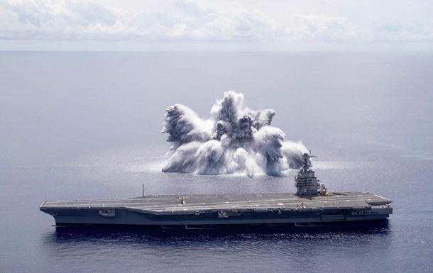 В США авианосец проверили 18-тонной бомбой