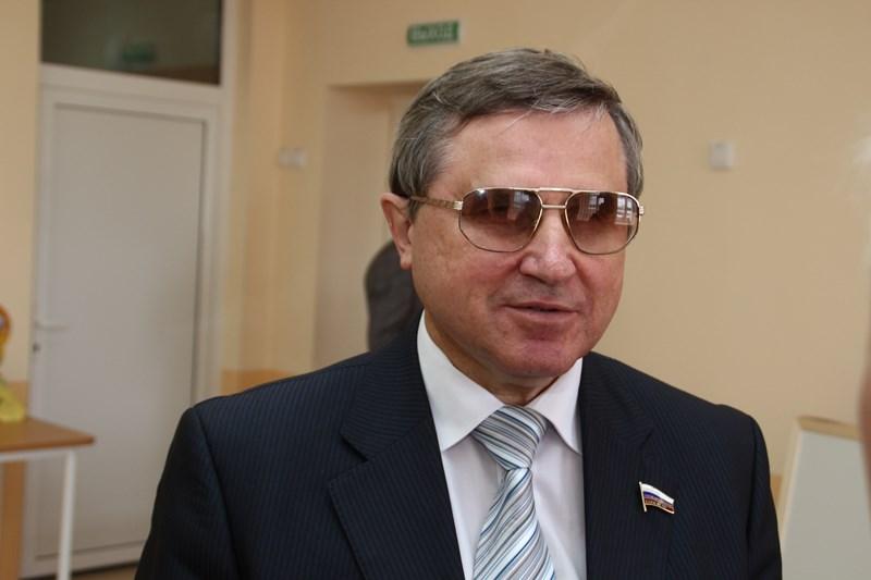 Смолин создал петицию с требованием вернуть прежний пенсионный возраст #Новости #Общество #Омск