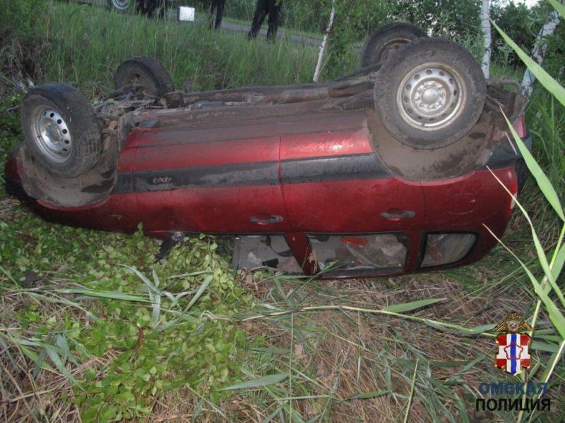 Омский фермер утром оставил машину у дома, а вечером она лежала в кювете #Омск #Общество #Сегодня