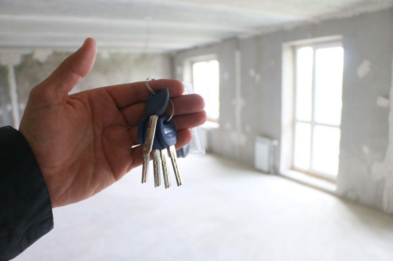 Нуждающиеся в жилье омичи ждут его по 10 лет #Омск #Общество #Сегодня