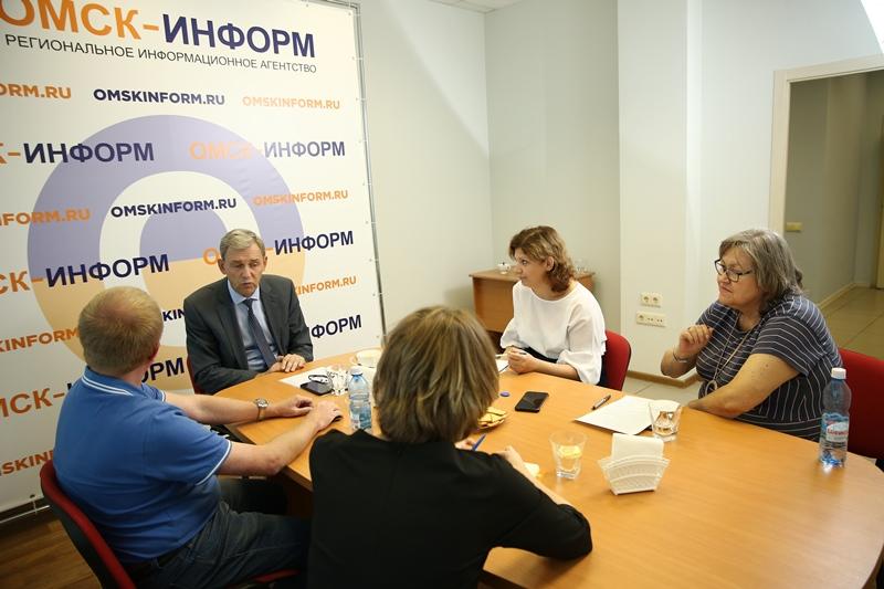Александр АРТЕМОВ: «У нас каждый год «хоронят» «Единую Россию» #Новости #Общество #Омск