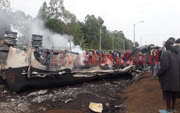 В Кении взорвался бензовоз, 13 жертв