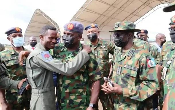 В Нигерии разбился военный самолет – СМИ