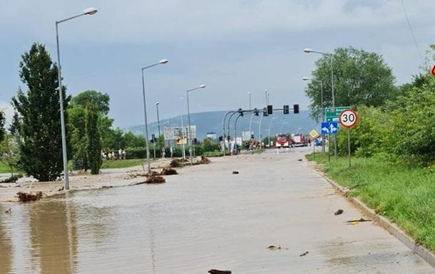 В Польше затоплены сотни дорог и дома