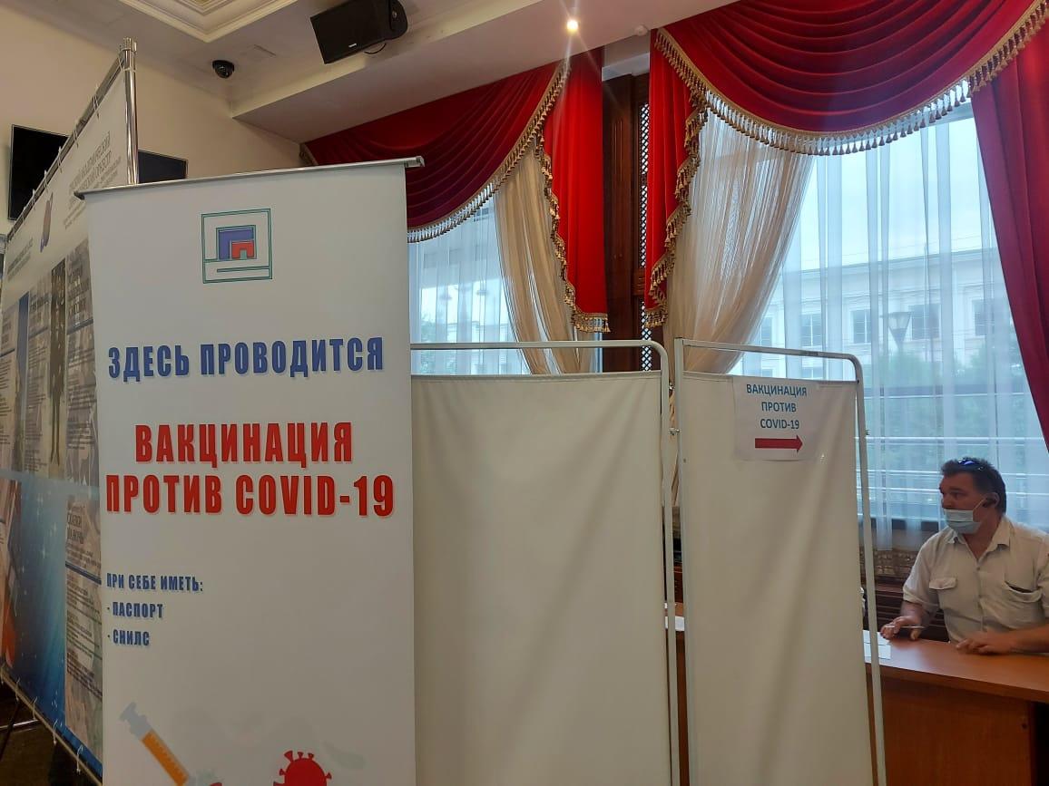 В Омской области привили уже больше 400 тысяч человек #Новости #Общество #Омск