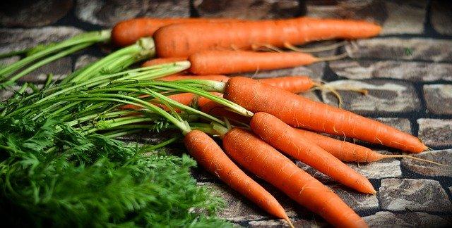 Цена на морковь наконец-то начала снижаться #Омск #Общество #Сегодня