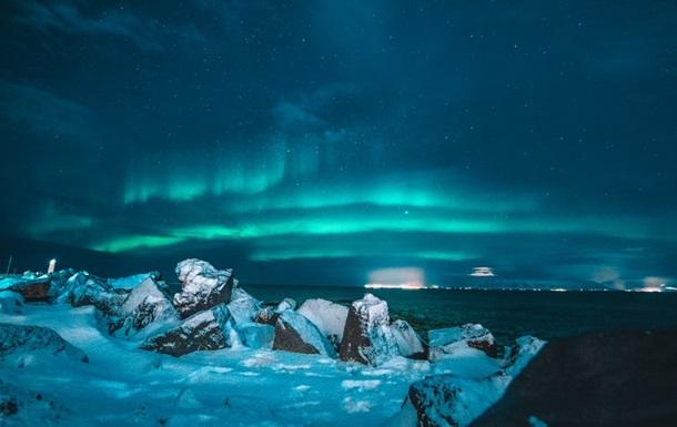 В Исландии открыта вакансия фотографа северных сияний