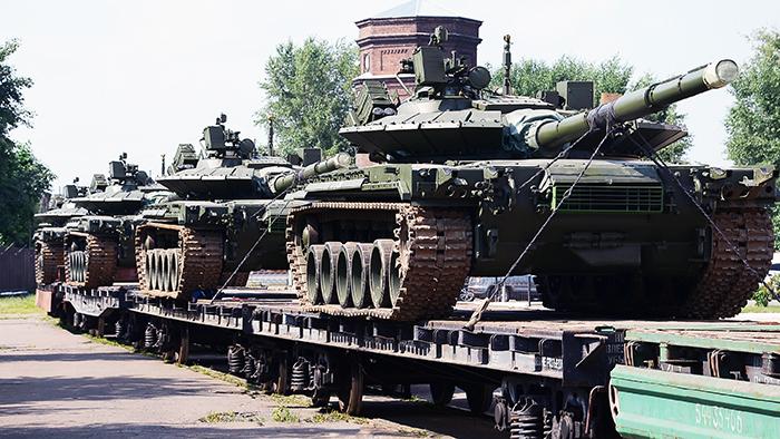 Омсктрансмаш Ростеха отправил в войска первую партию танков Т-80БВМ