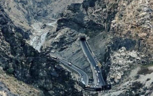 В Афганистане жертвами двух ДТП стали 20 человек