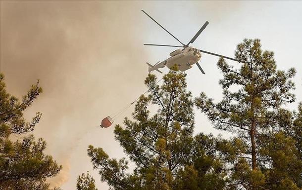 В Турции локализовали более 100 лесных пожаров