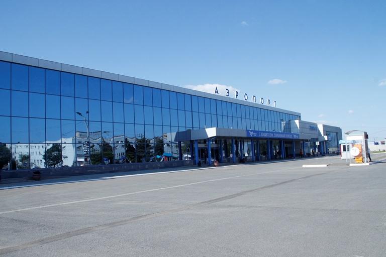 Пассажиропоток Омского аэропорта за полгода превысил 600 тысяч человек #Омск #Общество #Сегодня
