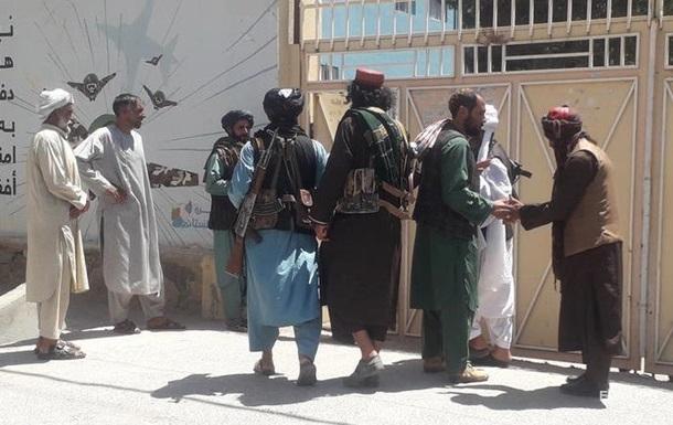 ВВС США атаковали талибов в аэропорту Кандагара - СМИ