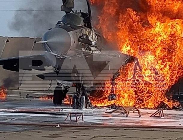 В России сгорел истребитель